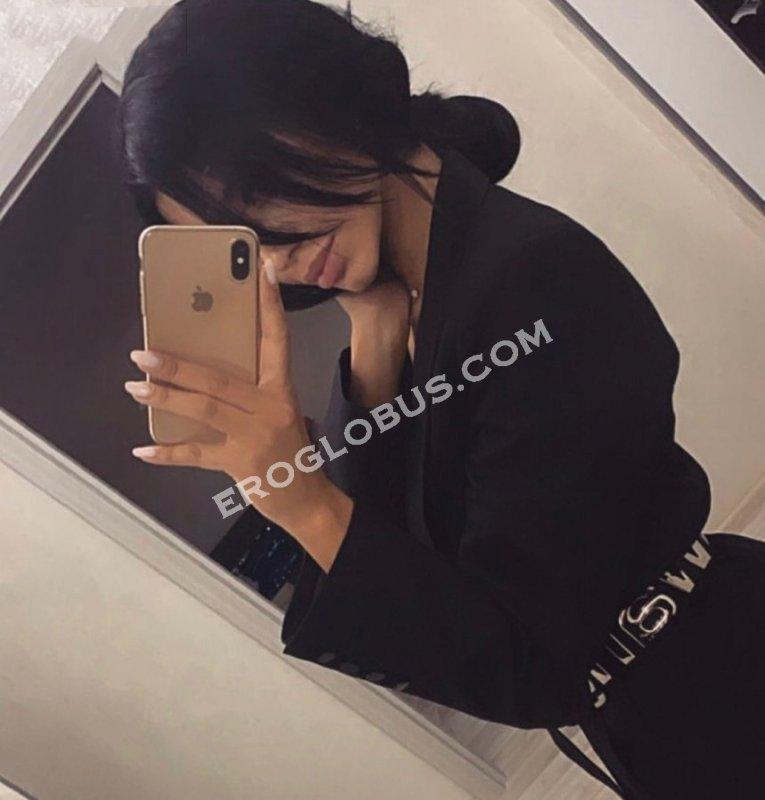 Кира, 24