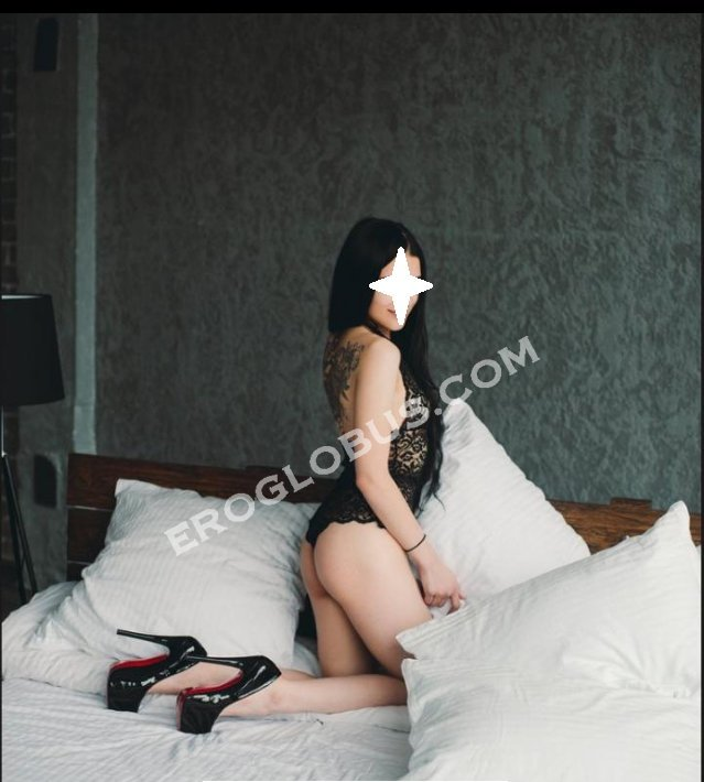 Александра, 22